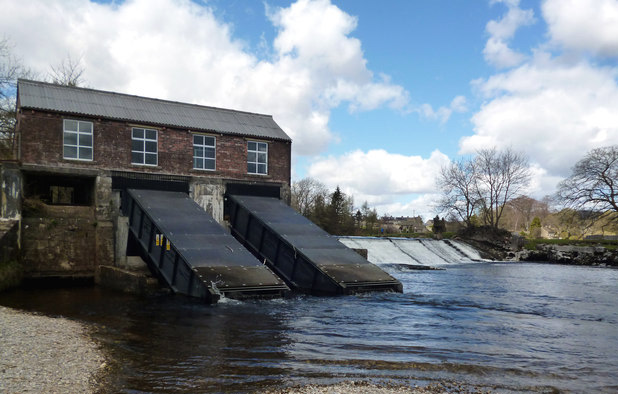 Linton: Rebuilt turbine house and Upper Weir Copyright Dr Neil Clifton and licensed for reuse under this Creative Commons Licence